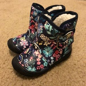 ❗️BOGO 1/2 off ❗️ Fleece lined floral boots